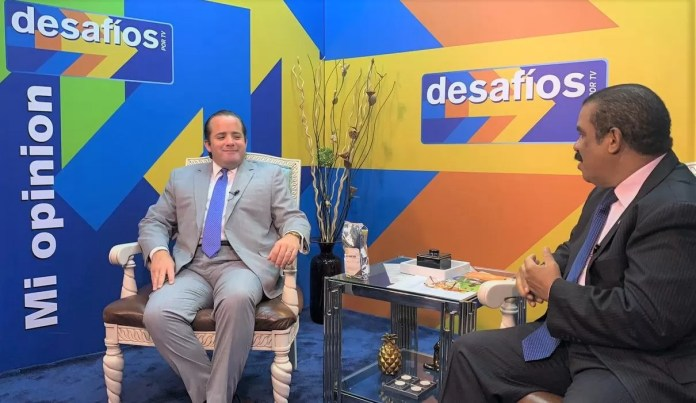 Ministro Jose Ignacio Paliza en Desafios por TV..