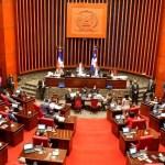 """Legisladores del PRM """"amarrando la chiva"""" para presidir el Senado"""