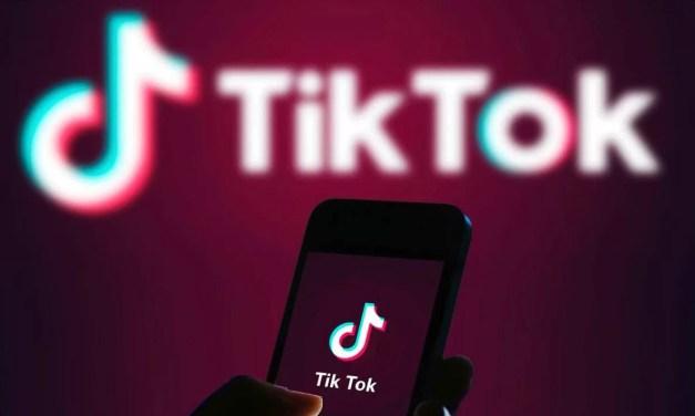 Cómo adelantar y retroceder videos en TikTok