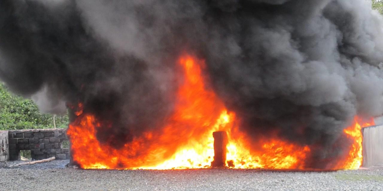 Las autoridades incineran 1,200 kilos de distintas drogas