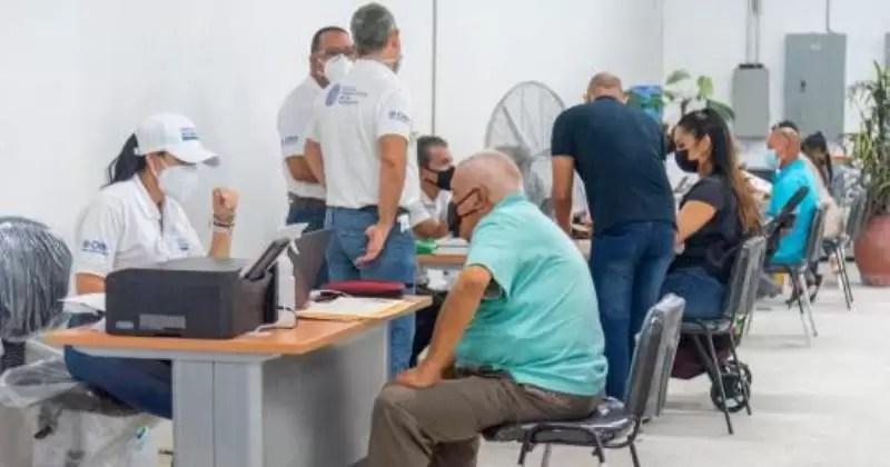 Venezolanos podrán abrir cuentas bancarias en bancos de República Dominicana