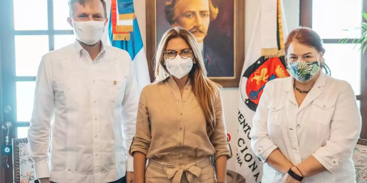 Nuevos acuerdos entre la embajada de los Estados Unidos y el ADN