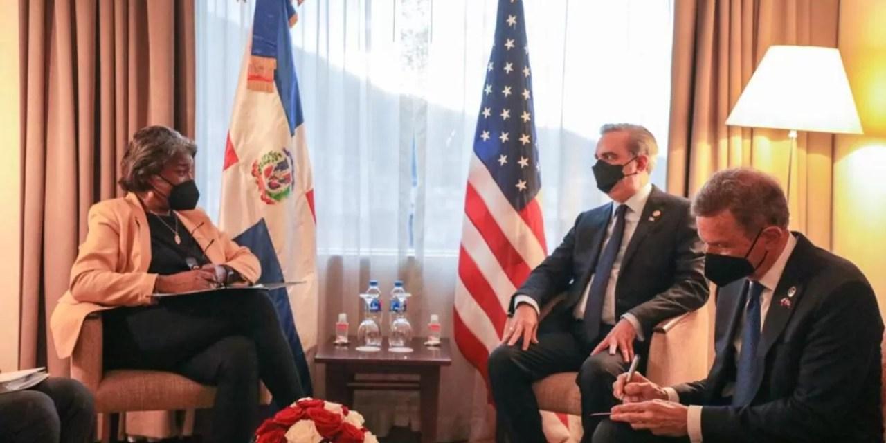 Abinader sostiene encuentro bilateral con delegación de Estados Unidos