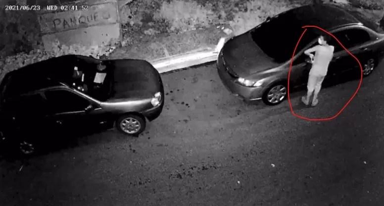 Video – Ladrón azota calle Barahona del sector Villa Francisca