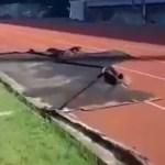 Video – Helicóptero presidencial destruyó pista de atletismo en Moca