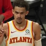 Trae Young toma Milwaukee y los Hawks se avanzan en final de conferencia