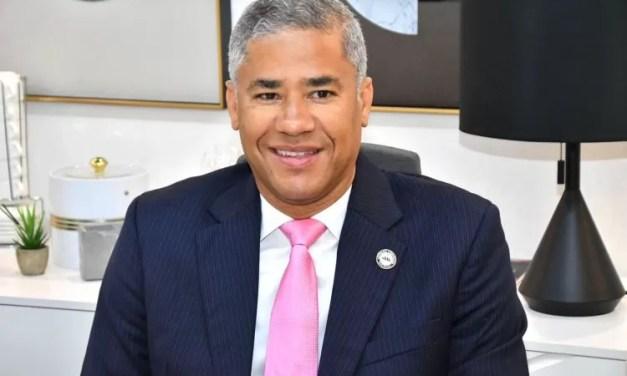 Andrés Cueto afirma pasada gestión Edenorte gastaba RD$2.2 MM para comprar café