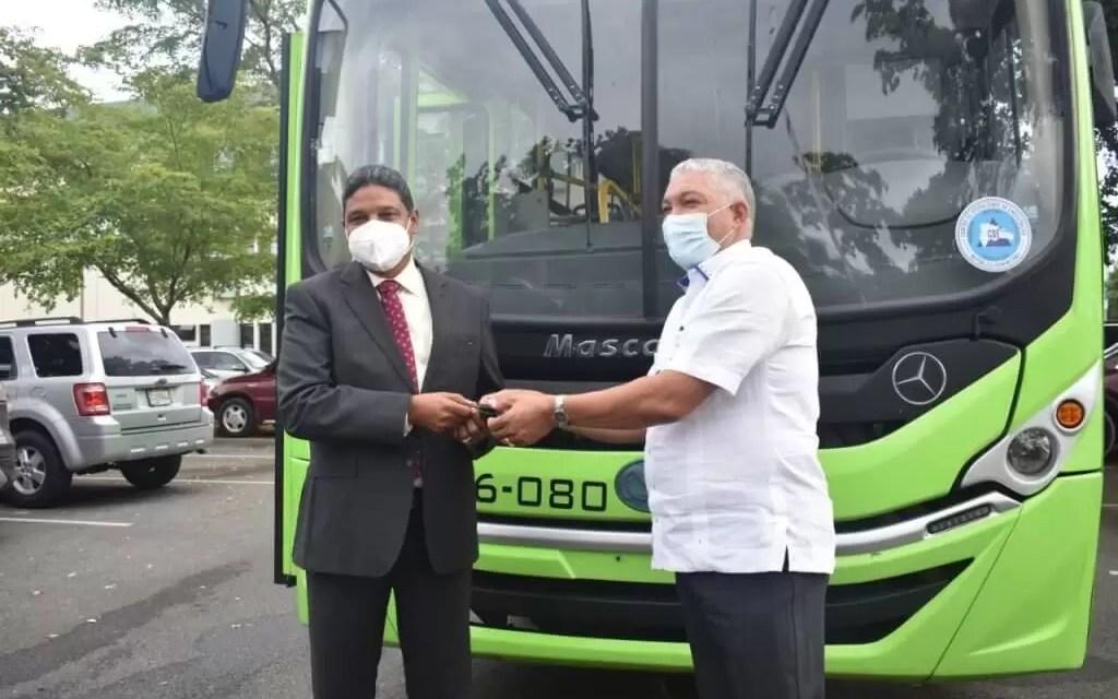 La OMSA pone autobús al servicio del COE para acciones respuesta de emergencias