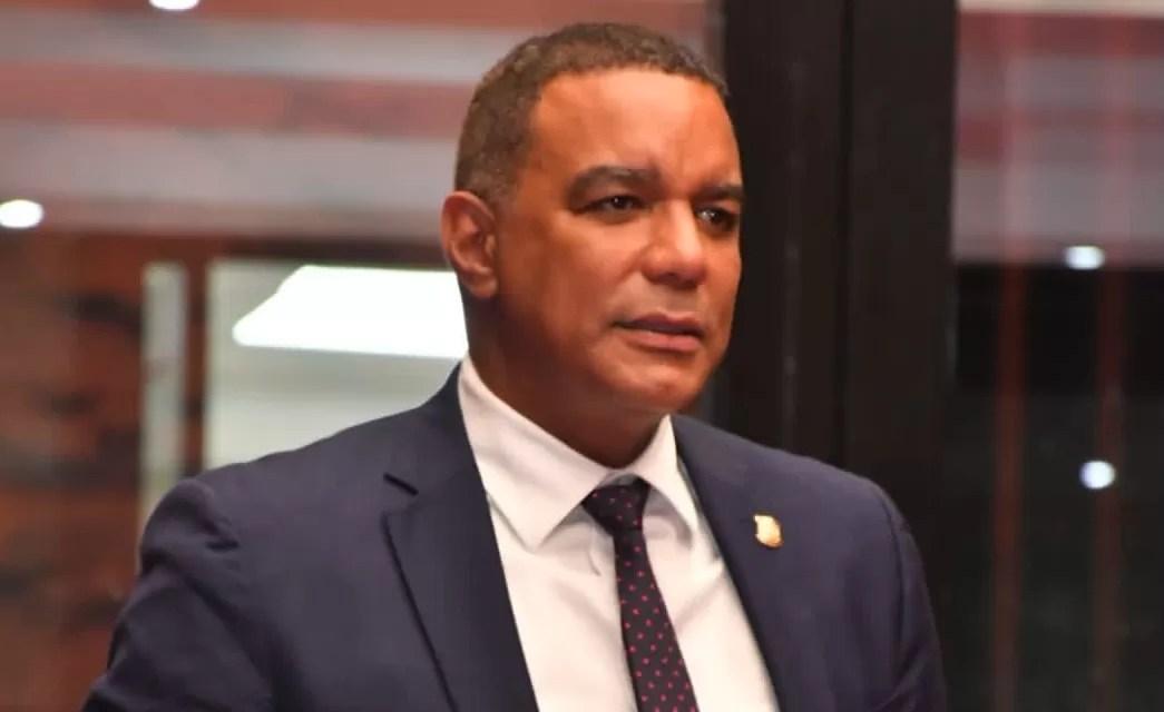 Carne de cerdo no representa riesgo a la salud, asegura senador Carlos Gómez