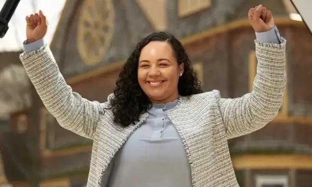 Declaran ganadora a la dominicana Carmen de la Rosa como concejal Alto Manhattan