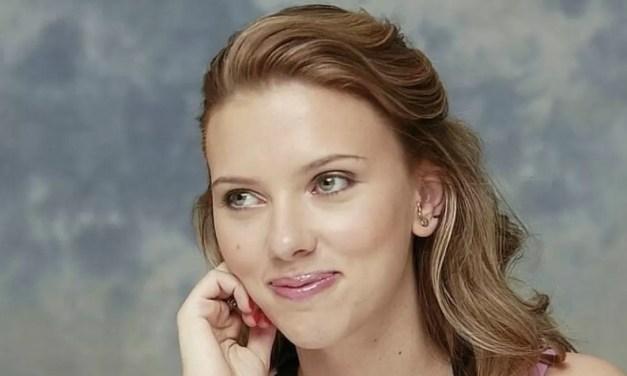 Scarlett Johansson demanda a Disney