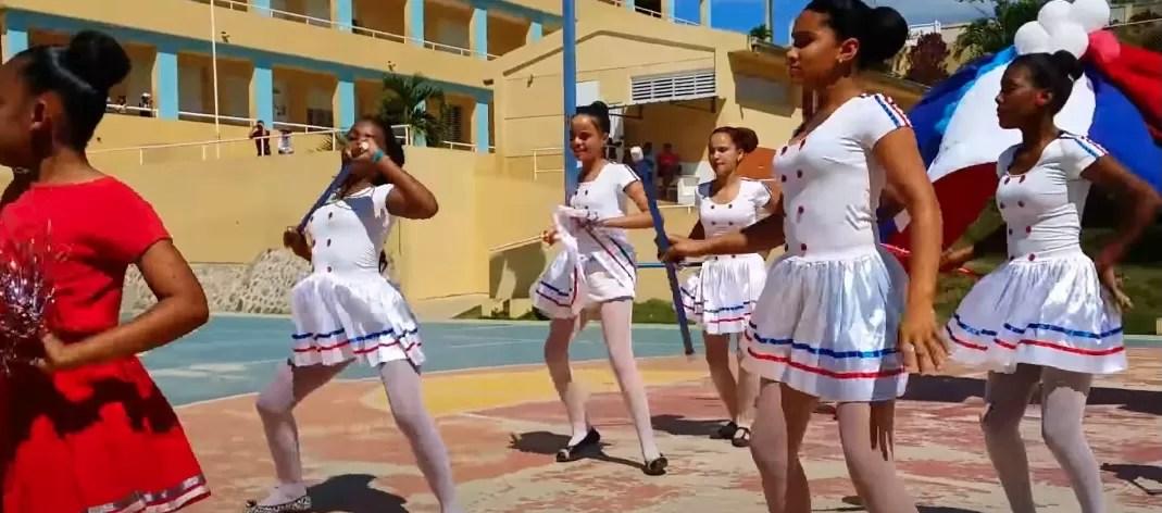 Educación retomará los desfiles escolares en fechas patrias