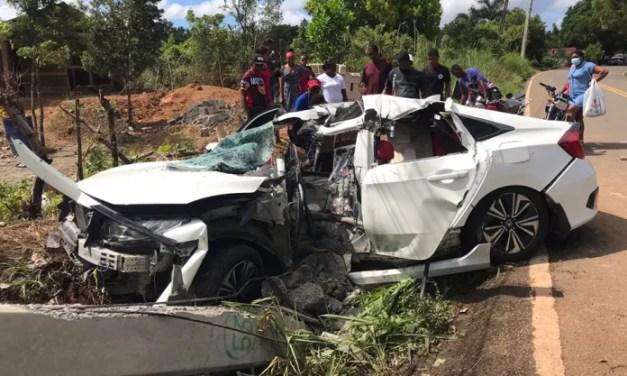 Mueren dos jóvenes tras sufrir accidente de tránsito