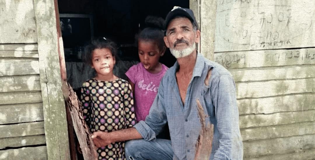 Alcalde pedáneo pide ayuda para reconstruir su casucha