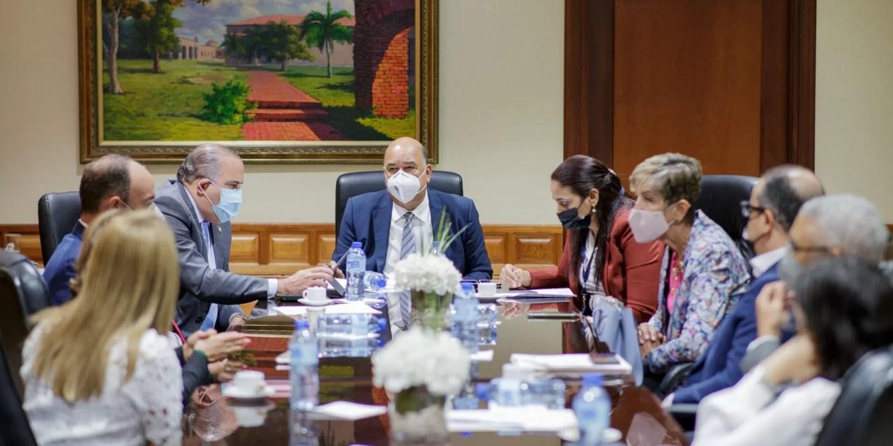 Senadores dan seguimiento a entrega de ahorros AFP a familiares de contribuyentes fallecidos