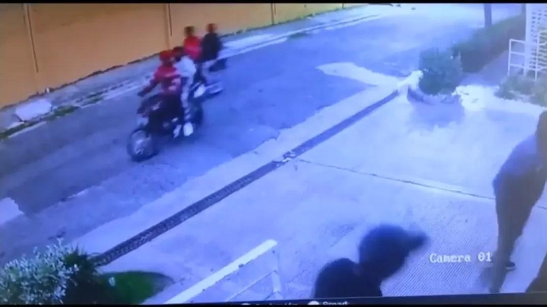 Video – Atracan una familia de extranjeros en residencial de SDE