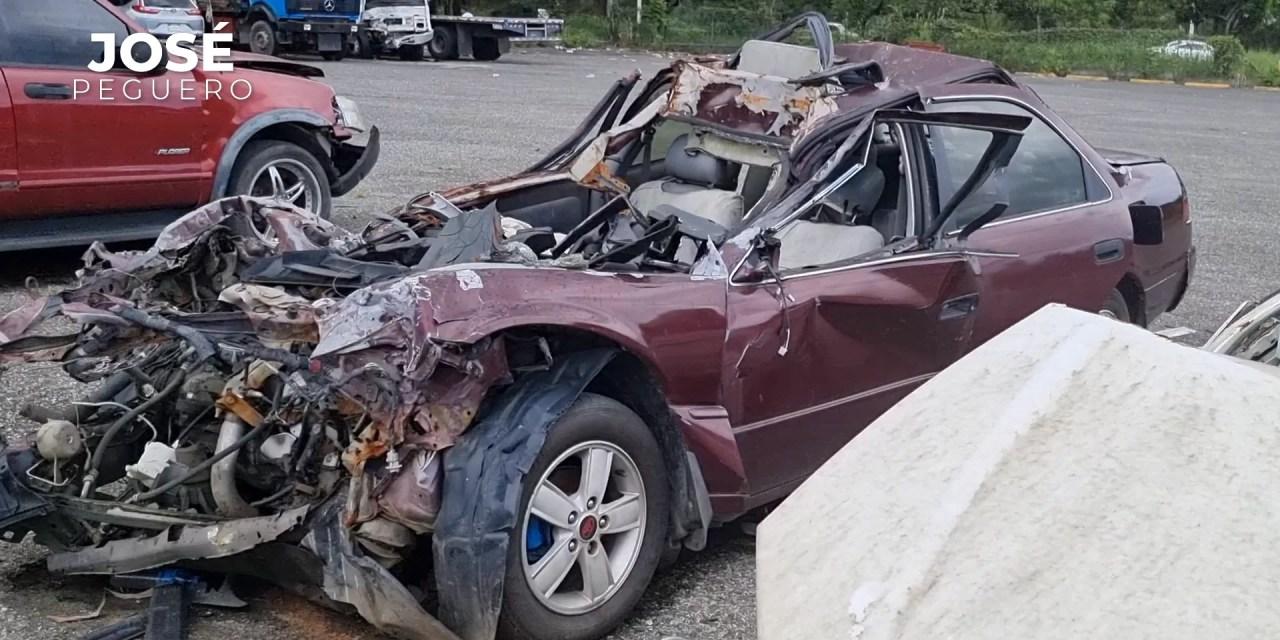 Así quedaron estos vehículos accidentados en la autopista Duarte