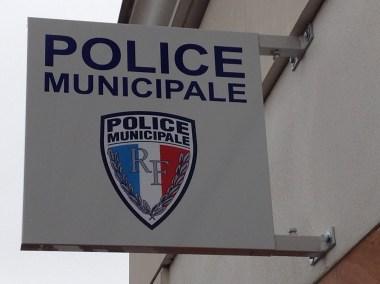 DOYEN ENSEIGNE  POLICE MUNICIPAL