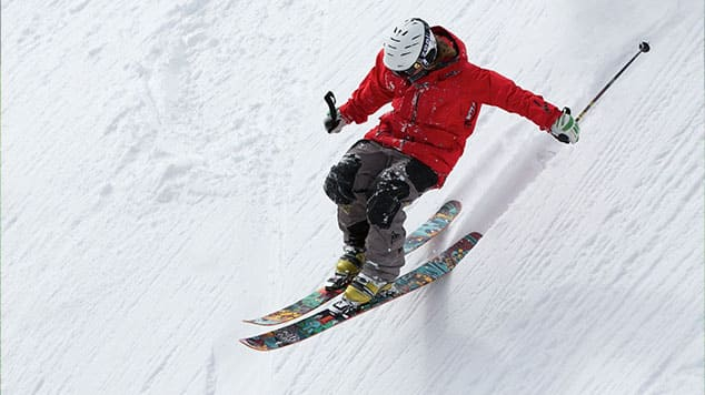 """Image d'un skieur pour l'article """"Travailler Son Oreille Musicale"""""""