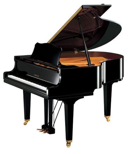 """Piano à queue Yamaha GC 1 M PE pour l'article """"Bien Choisir Son Clavier"""""""