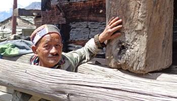 Nashala Village farmer and log hive