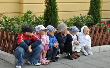 Tips mengasuh anak