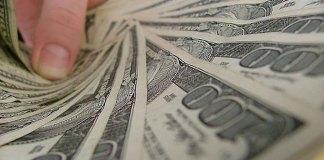 Mengajarkan anak mengelola keuangan