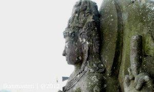 Arca Dewa Shiwa di Puncak Suralaya Suralaya.jpg