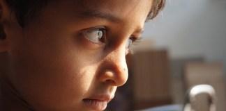 Bagaimana Cara Agar Si Kecil Tak Mudah Melampiaskan Amarahnya?