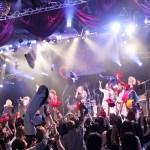 ViV主催イベント、ツアーファイナルとなったライブにレイヴのレンが乱入。最後には、出演者たちが集合し、ViVのナンバーを大セッション!!