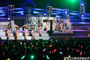 『Hello! Project 2017 WINTER ~ Crystal Clear ~』ライブより