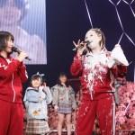 AKB48アルバム発売記念イベントで須田亜香里の顔にクリーム砲が炸裂!