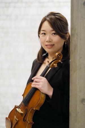 吉岡 麻貴子氏(東京ガーデンテラス紀尾井町チェンバーオーケストラ コンサートミストレス・ヴァイオリン)