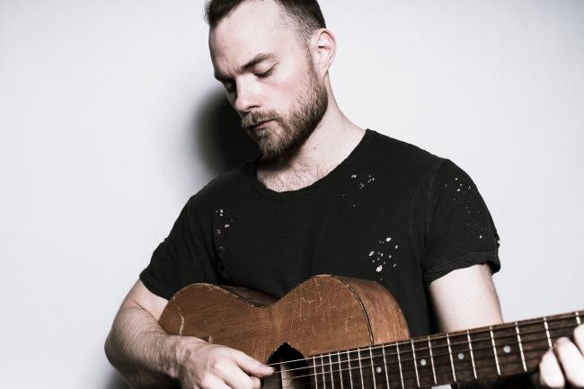「北欧、暮らしの道具店」アイスランドのシンガーソングライターÁsgeir(アウスゲイル)とコラボプレイリスト公開!