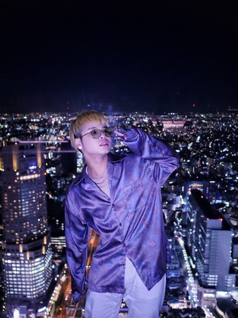 NY出身のバイリンガルラッパー兼プロデューサー:BBY NABE、本日リリースの新曲「Himawari」のLyric Videoを公開。9月6日(日)まで新宿ユニカビジョンで特集番組も放送!