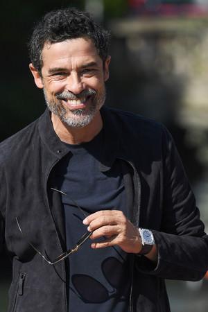 イタリアの俳優アレッサンドロ・ガスマンなどセレブリティが第77回ベネチア国際映画祭にブルガリを纏い登場