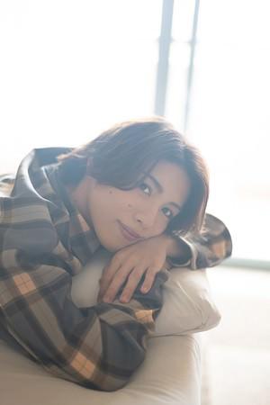 ミュージカル『テニスの王子様』MANKAI STAGE『A3!』に出演、ダンス&ボーカルグループ・IVVYのメンバーとしても活躍する立石俊樹のファースト写真集が発売決定!!