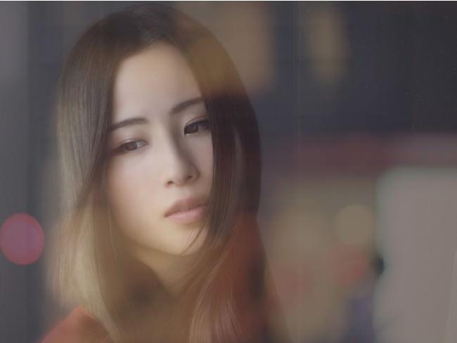 Uru 10/30公開の映画「罪の声」主題歌「振り子」MV公開!大ヒット中のAL「オリオンブルー」後初のシングル本日発売!