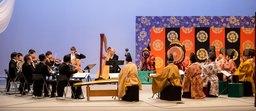 KDDIと国立劇場が新たな文化発信に挑戦!1000年の歴史を持つ「雅楽」と「オーケストラ」が音のVRで共演