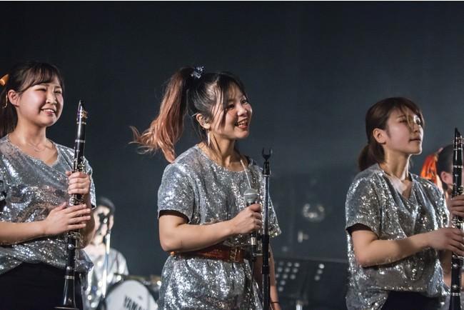 京都橘高等学校吹奏楽部出身の卒業生が4月3日、京都FanJにて初ワンマンライブ「Our name is …」を行った。