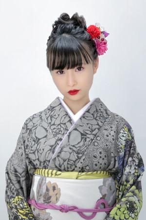 グラビアもできる演歌歌手 望月琉叶 有線演歌歌謡曲リクエストランキング2作連続1位獲得!