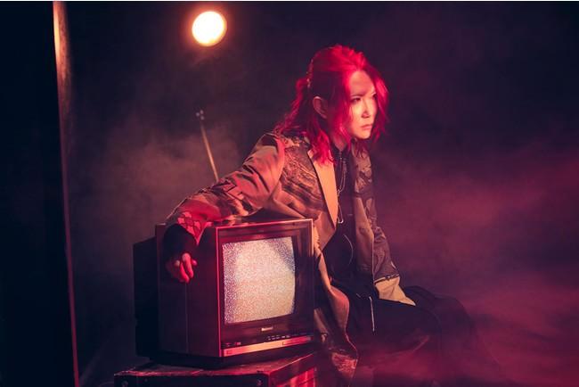 あらき、アルバム発売に先行して表題曲「UNKNOWN PARADOX」のMV公開&配信スタート!