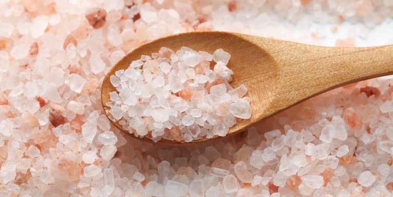 ¿Qué tipo de sal estás consumiendo? Sal Refinada VS Sal Marina