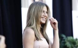 Se rumora que Brad Pitt ha buscado de nuevo a Jennifer Aniston