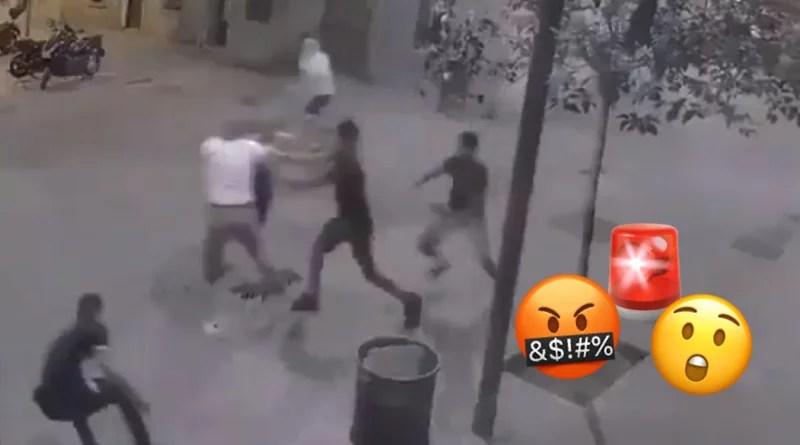 Un grupo de jóvenes roban brutalmente a joven en Barcelona