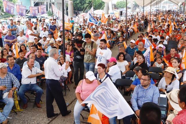 CON ENRIQUE CÁRDENAS, MÁS FUENTES DE TRABAJO EN LA SIERRA NORTE