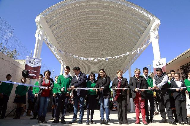 GOBIERNO DE LA CIUDAD DE PUEBLA INVIERTE EN INFRAESTRUCTURA EDUCATIVA DE JUNTAS AUXILIARES