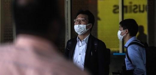 AUTORIDADES JAPONESAS DECIDIERON IMPEDIR EL DESEMBARCO DE UN CRUCERO Y PONER EN CUARENTENA A SUS PASAJEROS Y TRIPULANTES