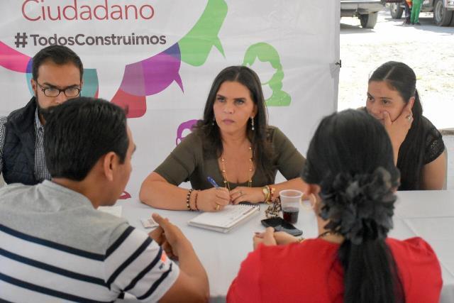 PETICIONES DE HABITANTES DE EL MORAL FUERON ESCUCHADAS EN EL MIÉRCOLES CIUDADANO EN SAN MARTÍN TEXMELUCAN
