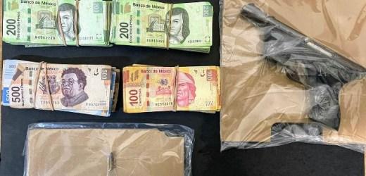 ASEGURA POLICÍA MUNICIPAL DE HUEJOTZINGO A DOS PRESUNTOS RESPONSABLES DE DELITOS COMETIDOS CONTRA SERVIDORES PÚBLICOS